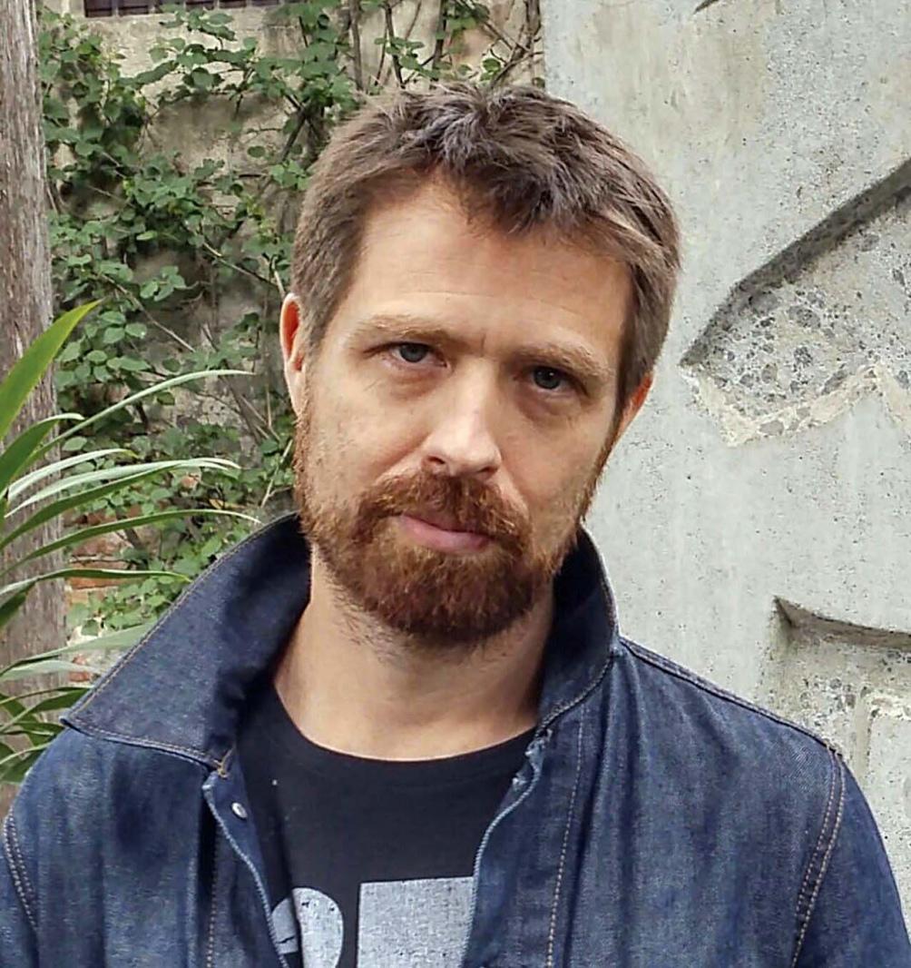 """Scott es el traductor de la última edición de """"Dublineses"""" y ha publicado varias novelas."""